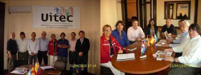 20100422033837-reunion-en-mesa-uitec-las-2-para-blog-ch.jpg
